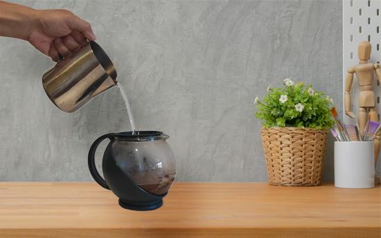 pour port coffee